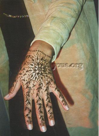 floral hand henna